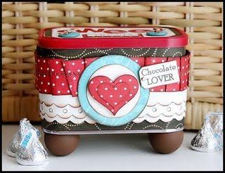 9_09_Recycle-ReUse-_Candy_Tin_1_RES